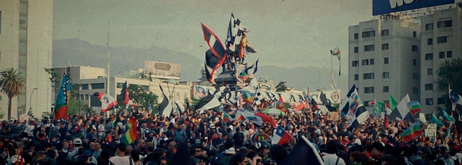 Gran movilización en Santiago de Chile sobre cierre de Cumbre de los Pueblos